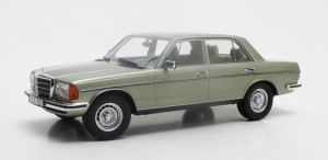 Mercedes-Benz 280E W123 1976 (metallic green)