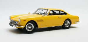 Ferrari 250GT-E Coupe 2+2 1960 (yellow)